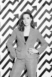 Aubrey Plaza - Photoshoot for Buzzfeed 11/17/2017
