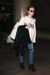 Ava Phillippe Arrive at LAX in Los Angeles 11/27/2017