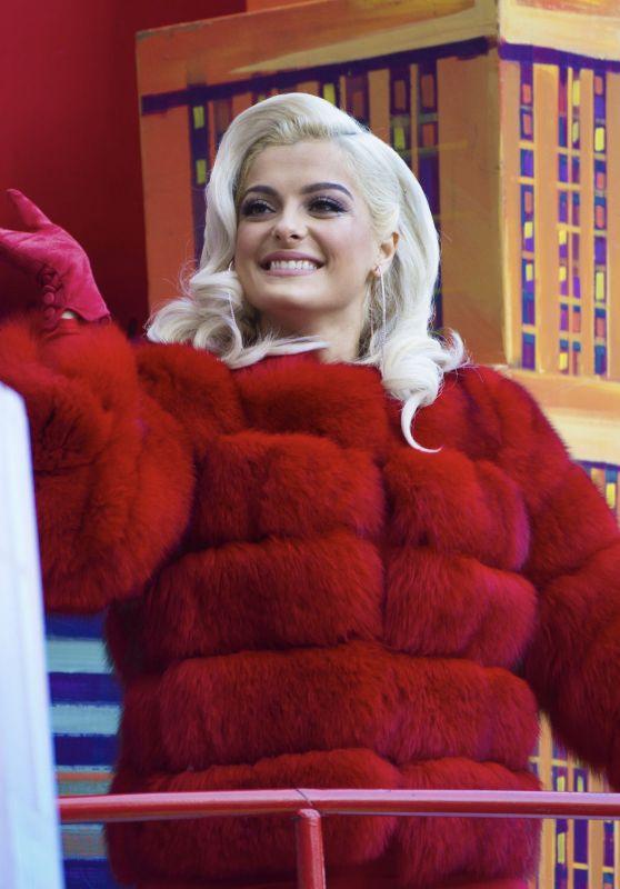 Bebe Rexha - Macy's Thanksgiving Day Parade in NY 11/23/2017