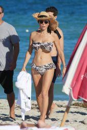 Bethenny Frankel in a Floral Bikini - Miami Beach 11/05/2017
