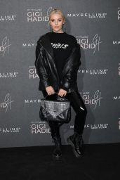 Betsy-Blue English – Gigi Hadid X Maybelline Party in London