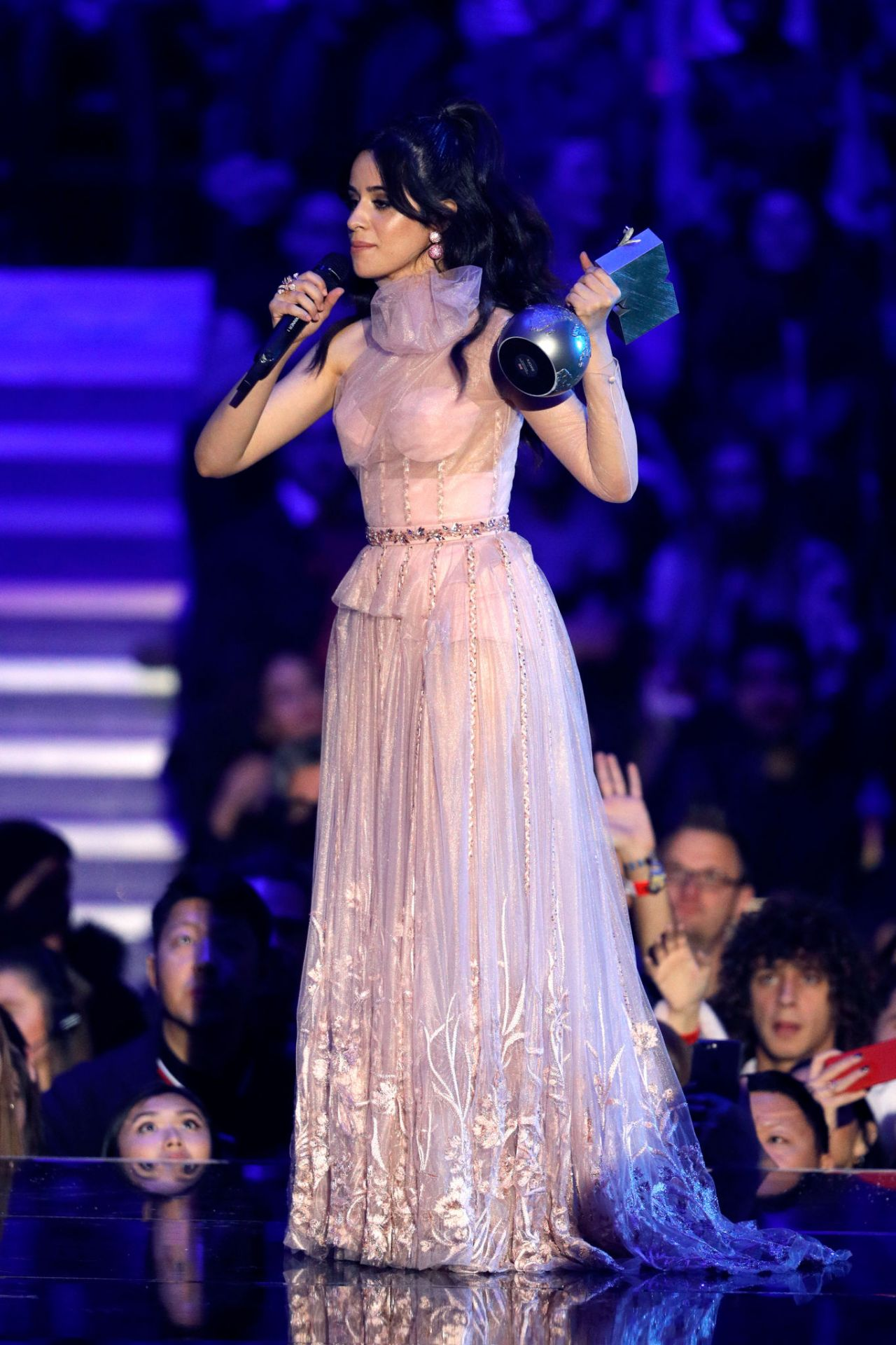 Camila Cabello Mtv Europe Music Awards 2017 In London