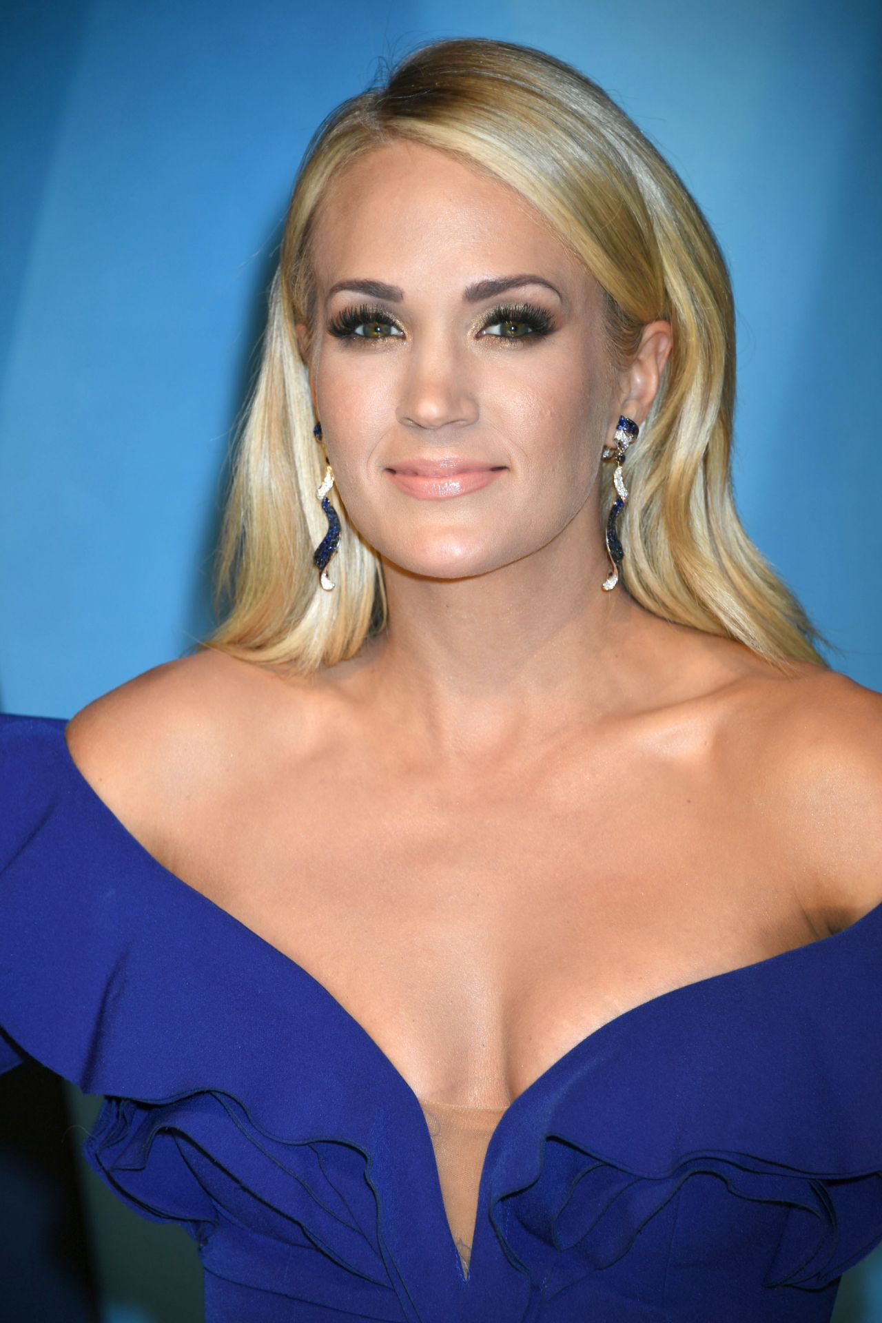 Carrie Underwood Cma Awards 2017 In Nashville