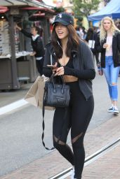 Chloe Bennet in Spandex - Shopping in Hollywood 11/03/2017