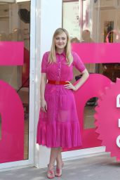 """Dakota Fanning - """"Please Stand By"""" Photocall in Rome 10/31/2017"""