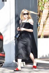 "Dakota Fanning - Visits the ""Nine Zero One"" Salon in West Hollywood 11/27/2017"