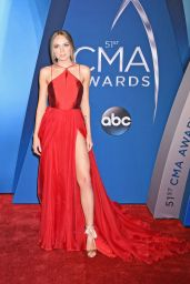 Danielle Bradbery – CMA Awards 2017 in Nashville