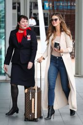 Delta Goodrem at Sydney Airport 11/21/2017