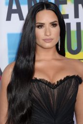 Demi Lovato – American Music Awards 2017 in Los Angeles