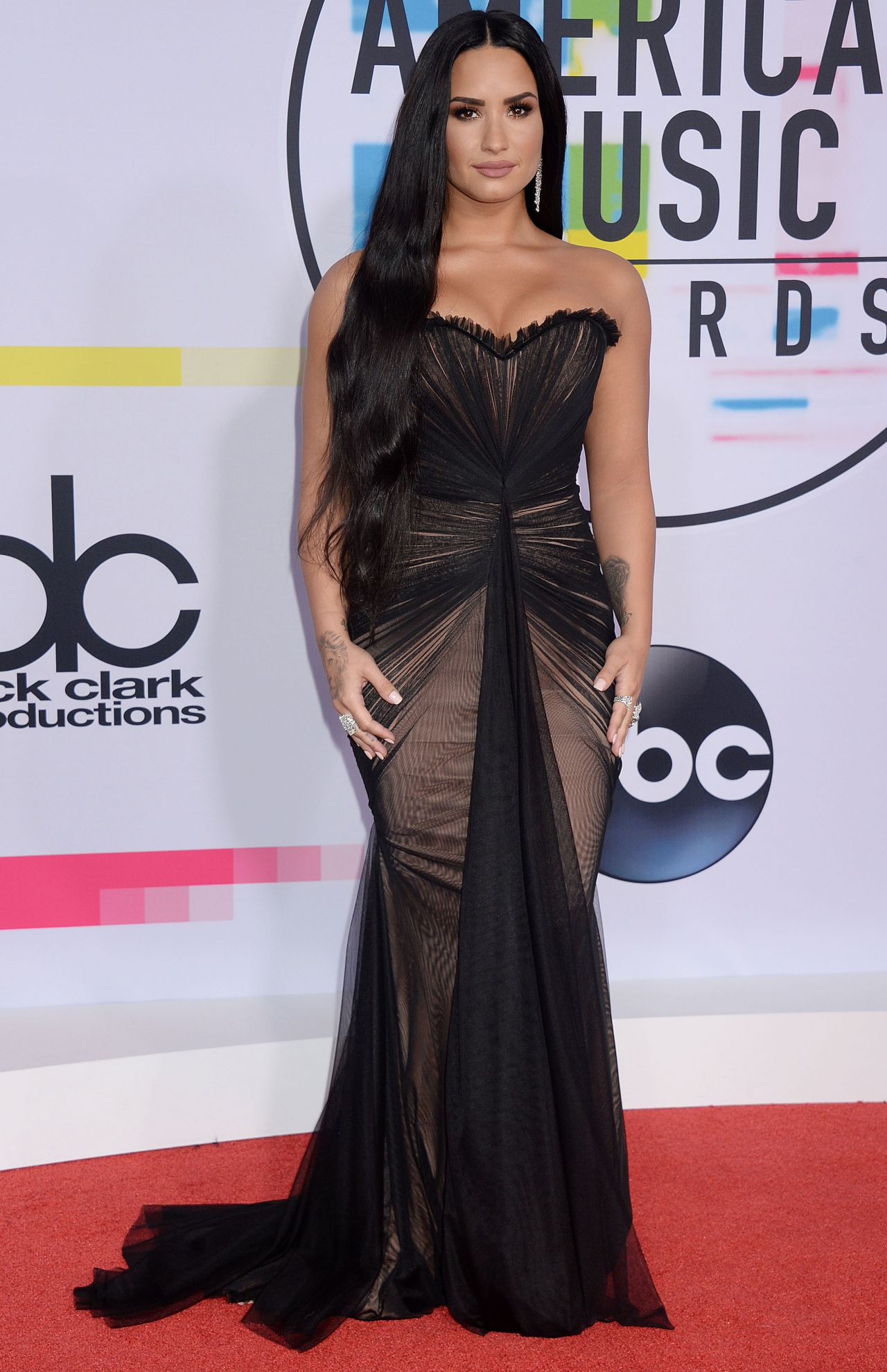 Demi Lovato – American Music Awards 2017 in Los Angeles