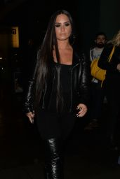 Demi Lovato - Arriving at Wembley Stadium in London 11/14/2017