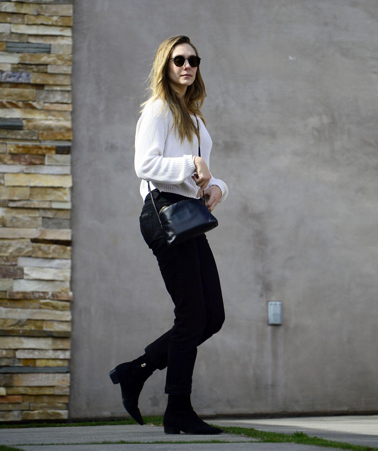 Elizabeth Olsen - After a Session at Shape House Urban Sweat Lodge in LA 11/14/2017