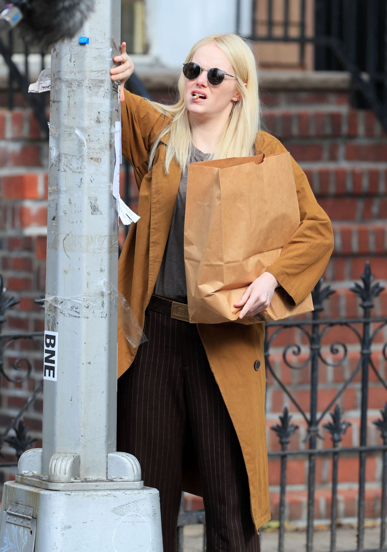 Emma stone shooting scenes on the set of maniac in long island nyc