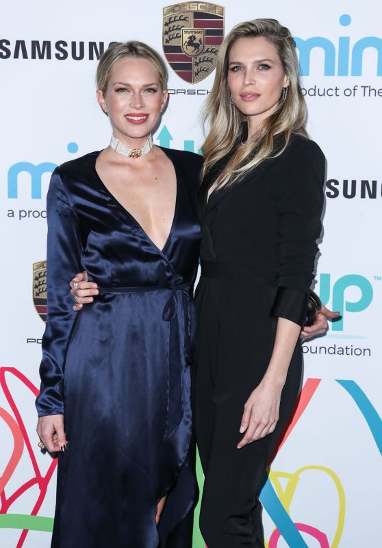Erin Foster & Sara Foster  – 2017 The Hawn Foundation Gala in Los Angeles