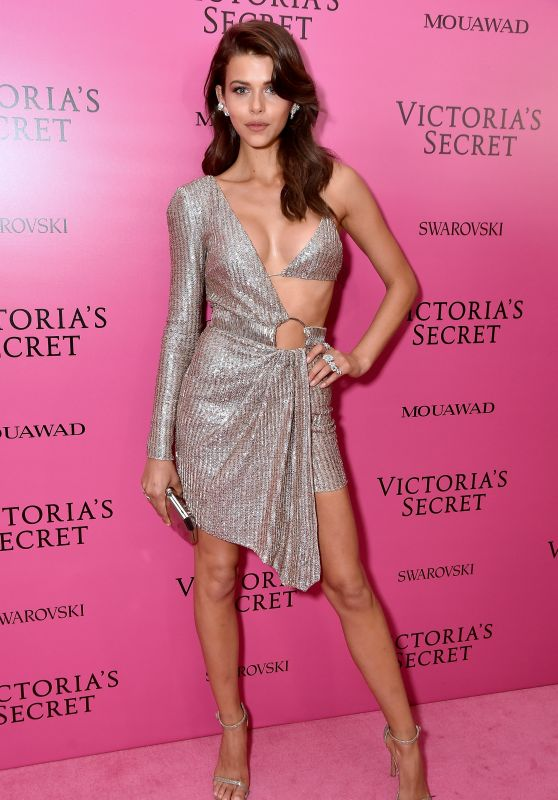Georgia Fowler – Victoria's Secret Fashion Show After Party in Shanghai 11/20/2017