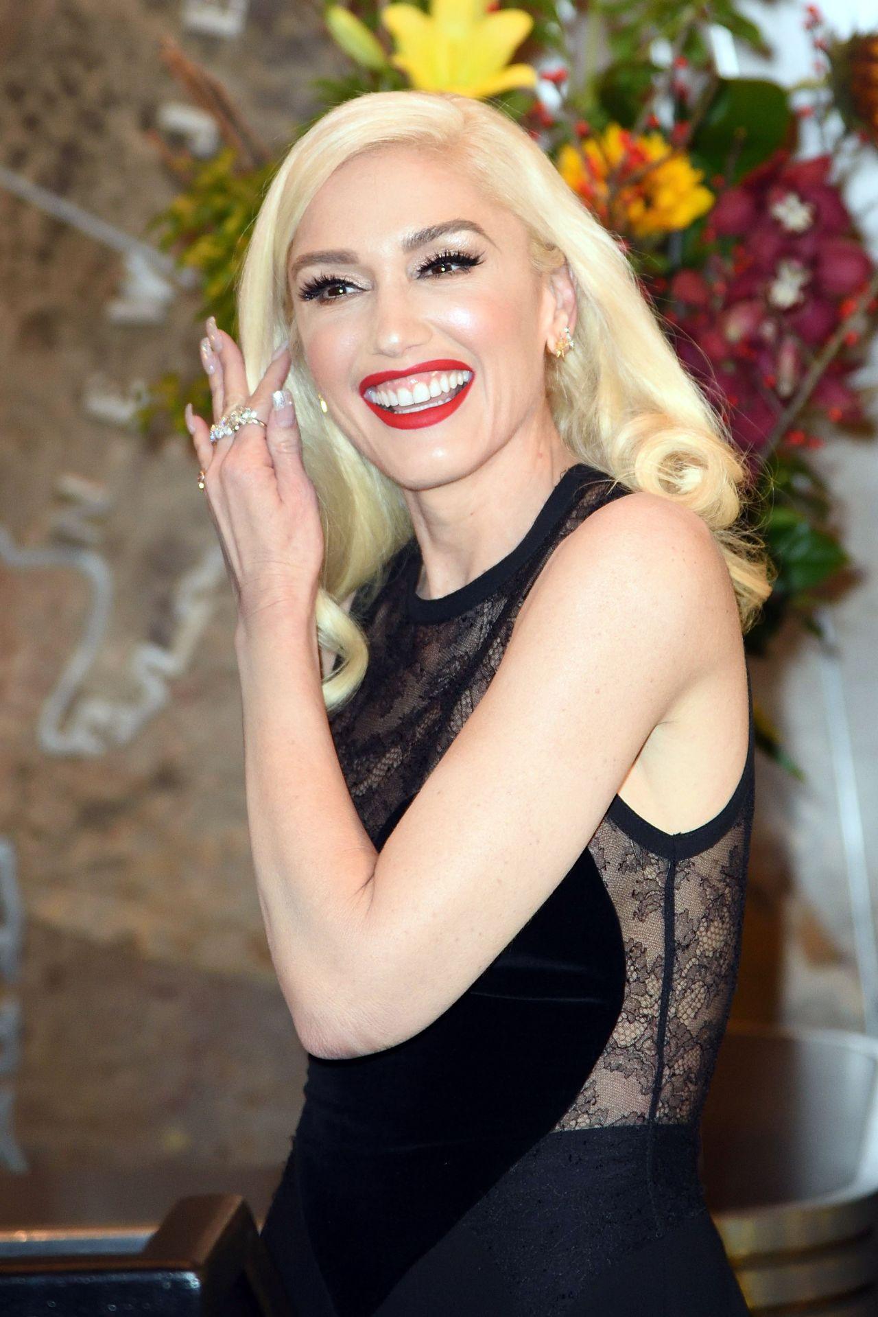 Gwen Stefani - Empire State Building Lighting Ceremony in ... Gwen Stefani