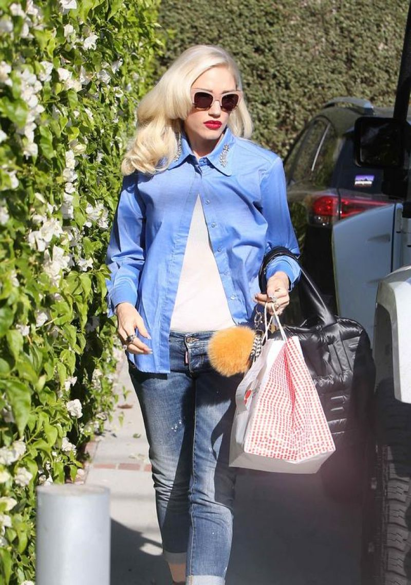 Gwen Stefani Street Fashion Los Angeles 11 17 2017