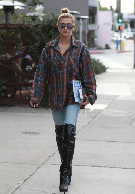 Hailey Baldwin in Denim & Leather Boots - Zinque Cafe in WeHo 11/01/2017