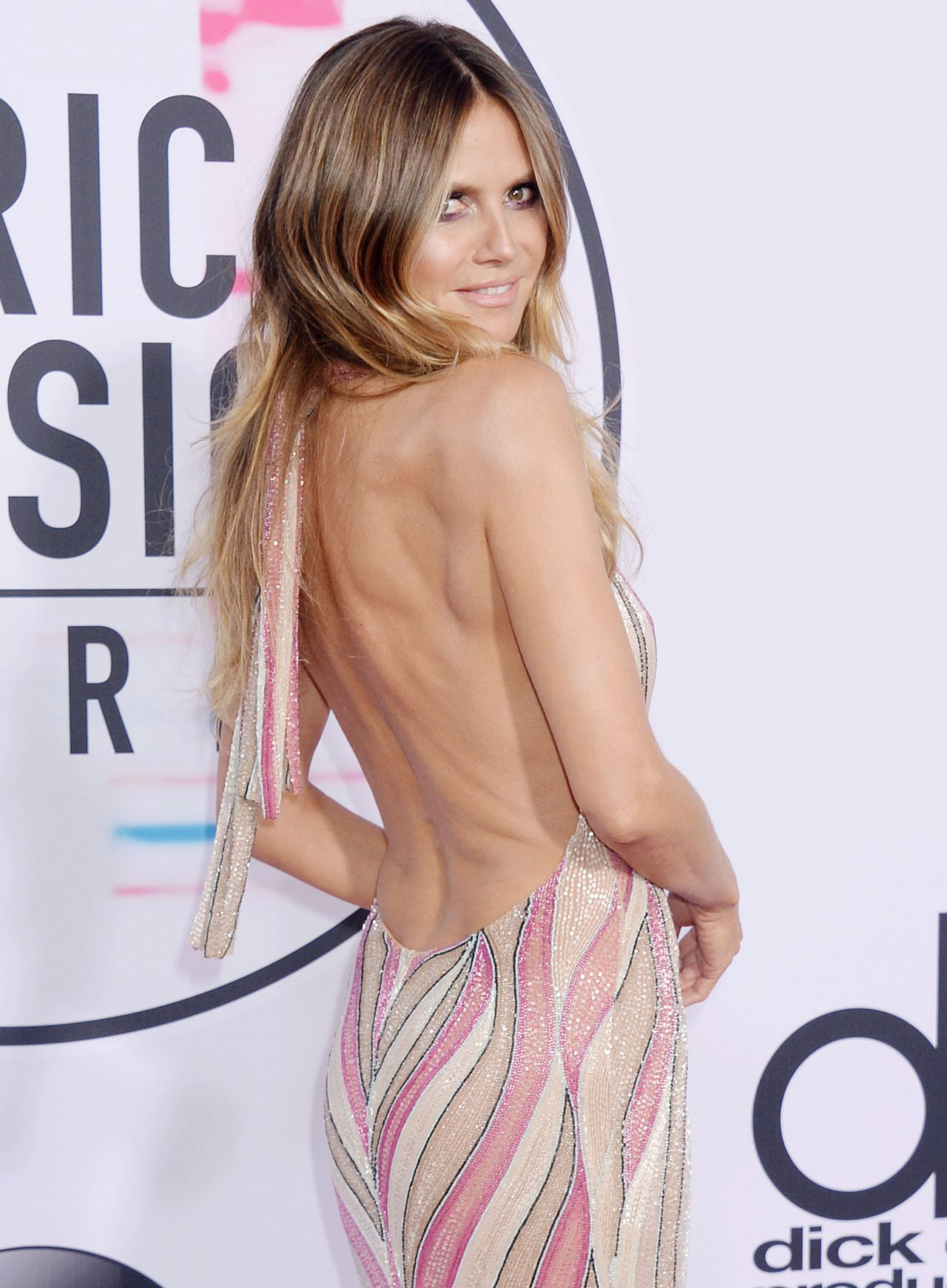 Heidi Klum – American Music Awards 2017 in Los Angeles