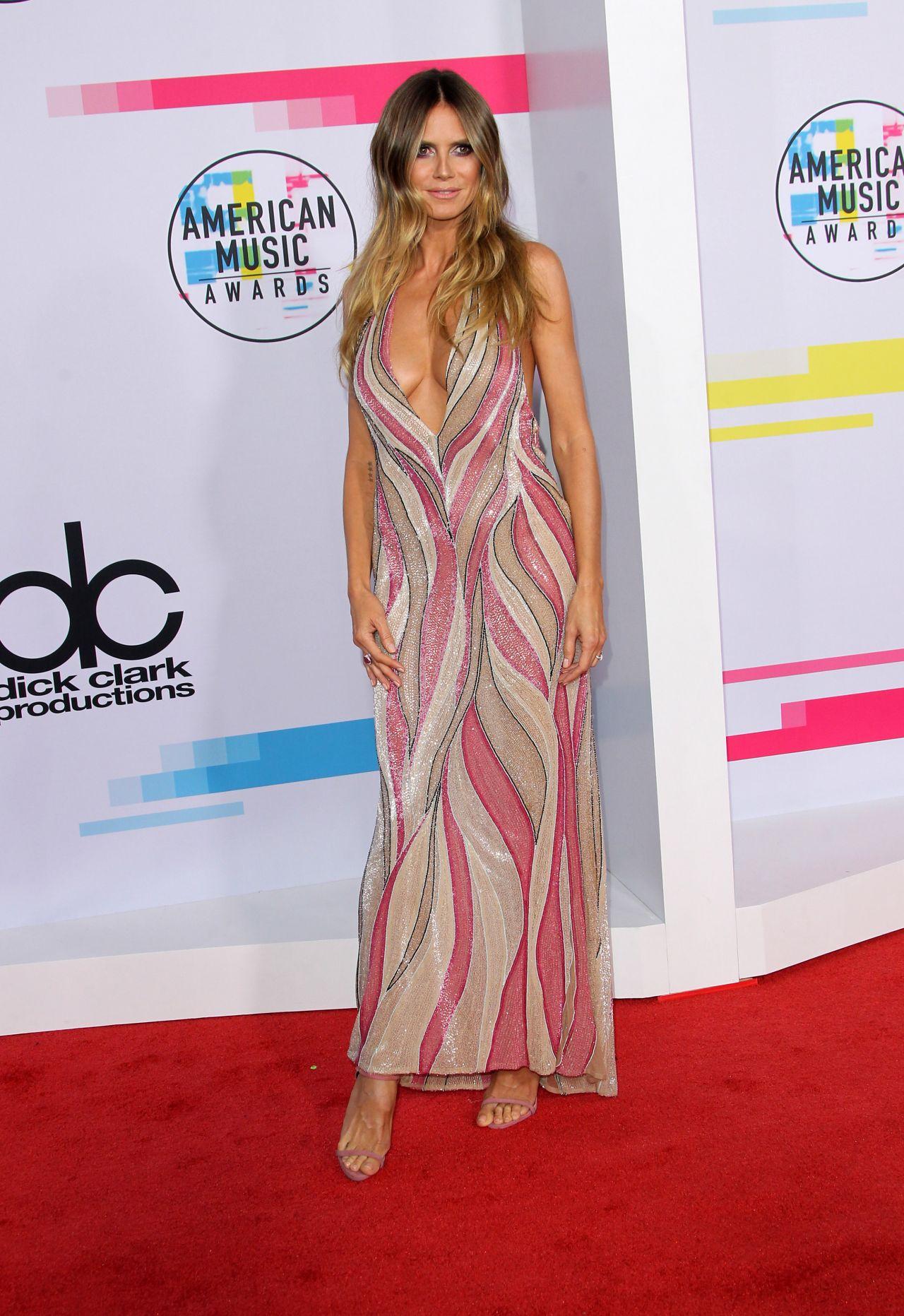 Heidi Klum  American Music Awards 2017 In Los Angeles