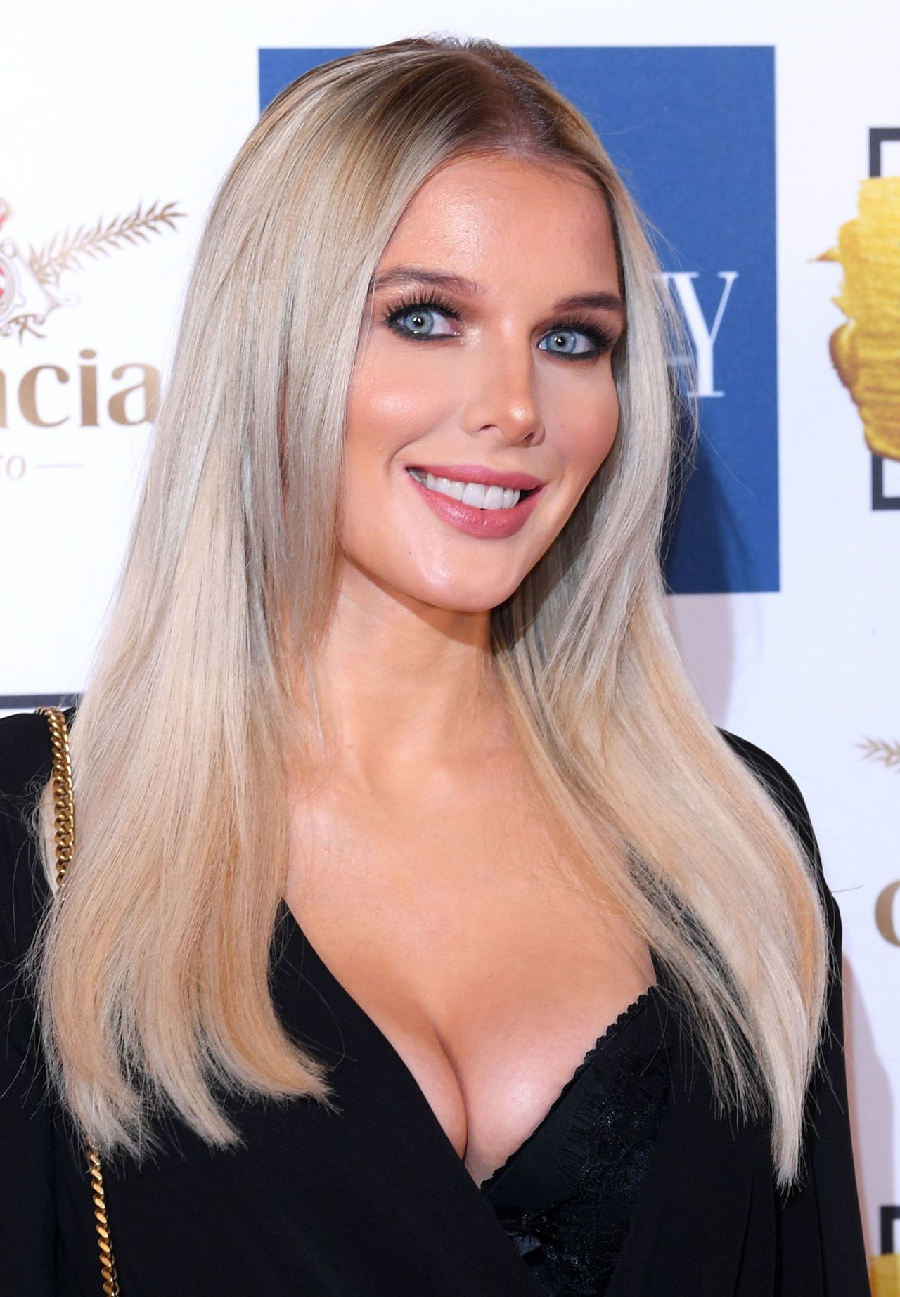 Helen Flanagan Beauty Awards With Ok In London