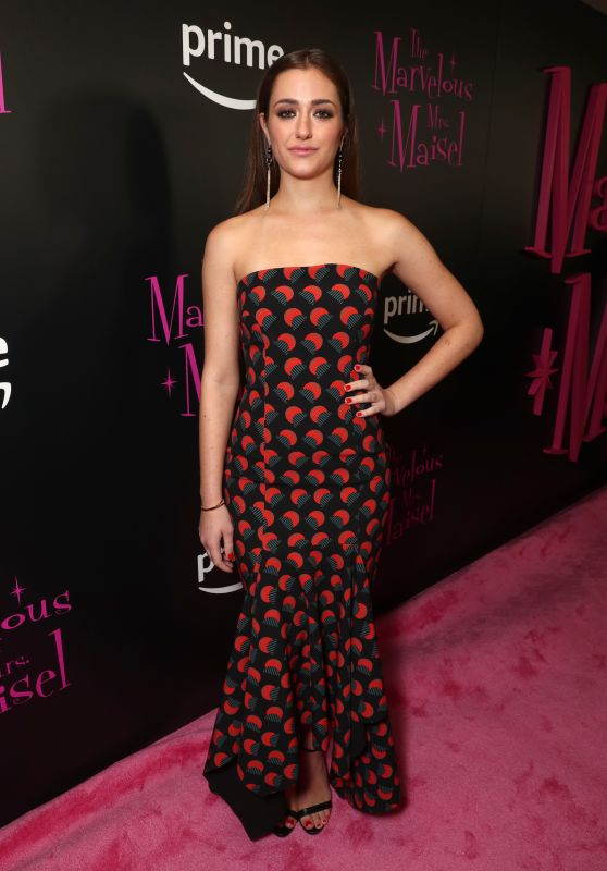 "Holly Curran – ""The Marvelous Mrs. Maisel"" TV Series Premiere in New York"
