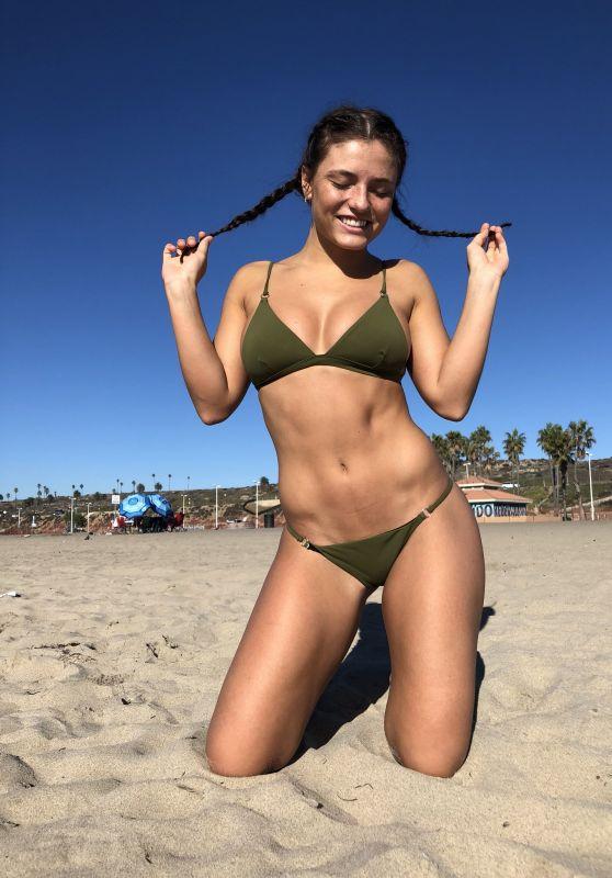 Jade Chynoweth - Social Media November 2017
