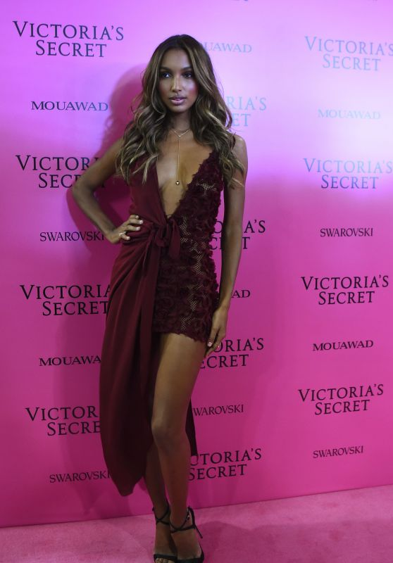 Jasmine Tookes – Victoria's Secret Fashion Show After Party in Shanghai 11/20/2017
