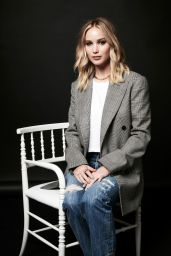 Jennifer Lawrence – Deadline Hollywood presents The Contenders 2017 Portrait Studio in Los Angeles