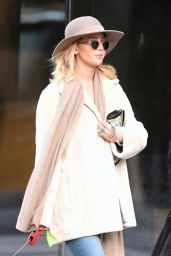 Jennifer Lawrence - Walking Dogs in NYC 11/25/2017