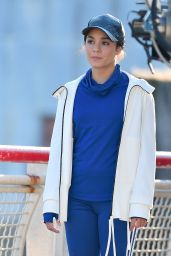 """Jennifer Lopez and Vanessa Hudgens - Set of """"Second Act"""" in NYC 11/27/2017"""