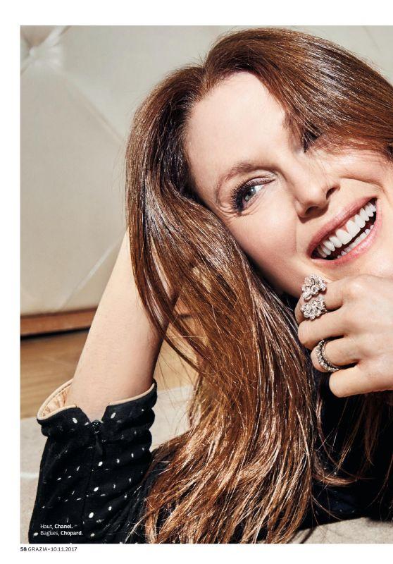 Julianne Moore - Grazia Magazine France November 2017 Issue