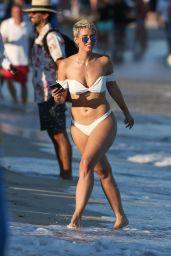 Julieanna Goddard in a White Bikini on the Beach in Miami 11/25/2017