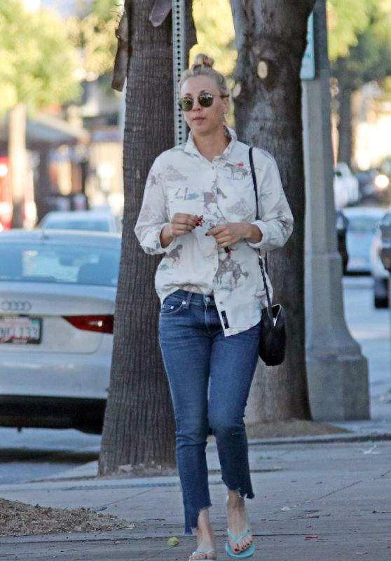 Kaley Cuoco Street Style - Leaving a Nail Salon in LA 11/08/2017