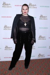 """Kathryn Gallagher - """"Home For The Holidays"""" Opening Night in New York 11/21/2017"""