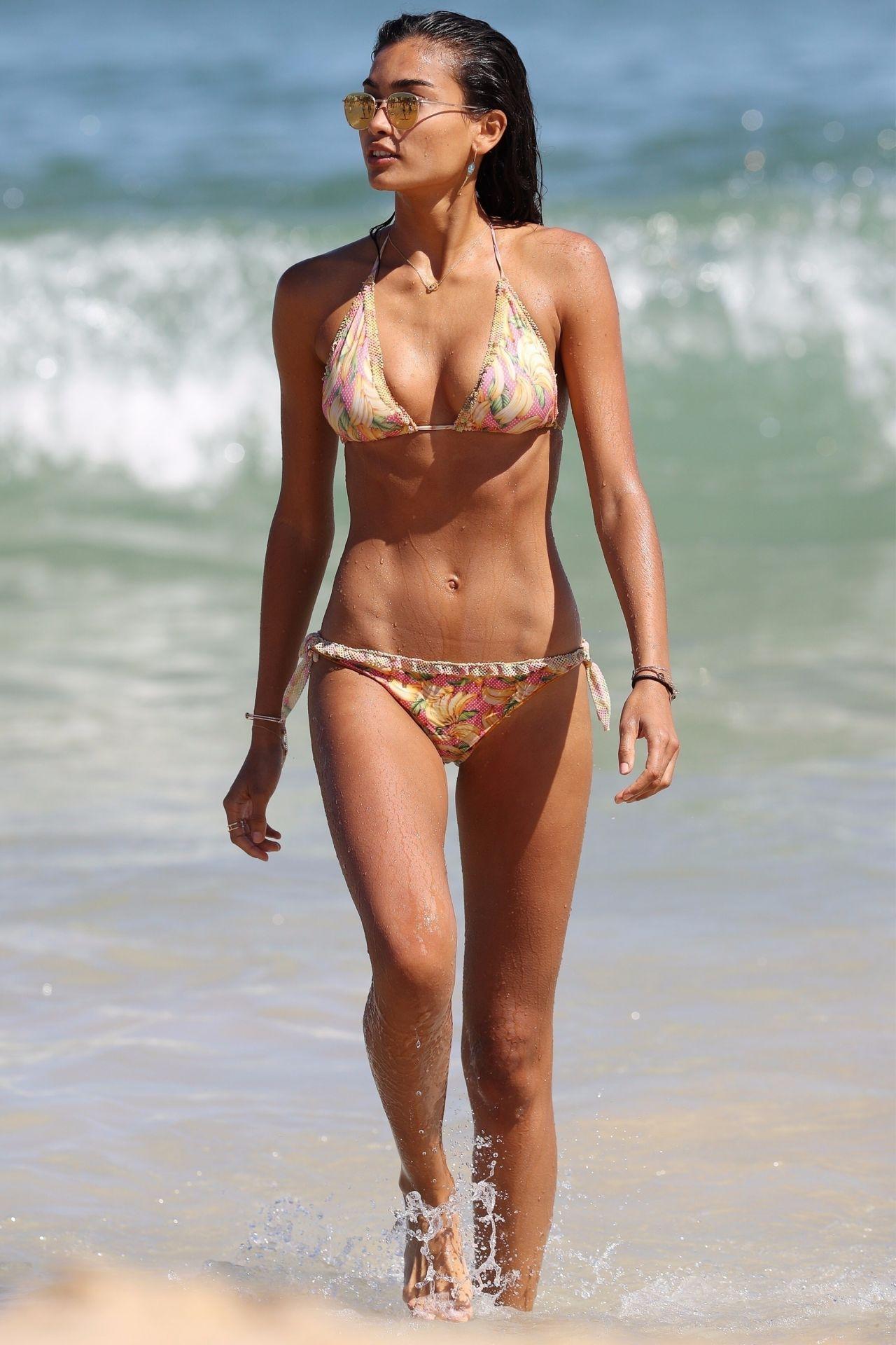 Kelly Gale in Bikini on Bondi Beach in Sydney Pic 1 of 35