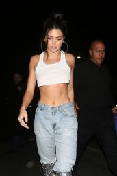 Kendall Jenner - Petite Taqueria Restaurant in West Hollywood, November 2017