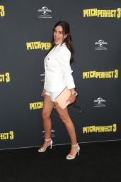 """Krissy Marsh – """"Pitch Perfect 3"""" Premiere in Sydney"""