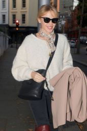 Kylie Minogue Street Fashion - Out in London 11/07/2017