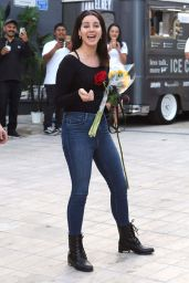 Lana Del Rey in Tight Jeans - Out in West Hollywood 11/24/2017