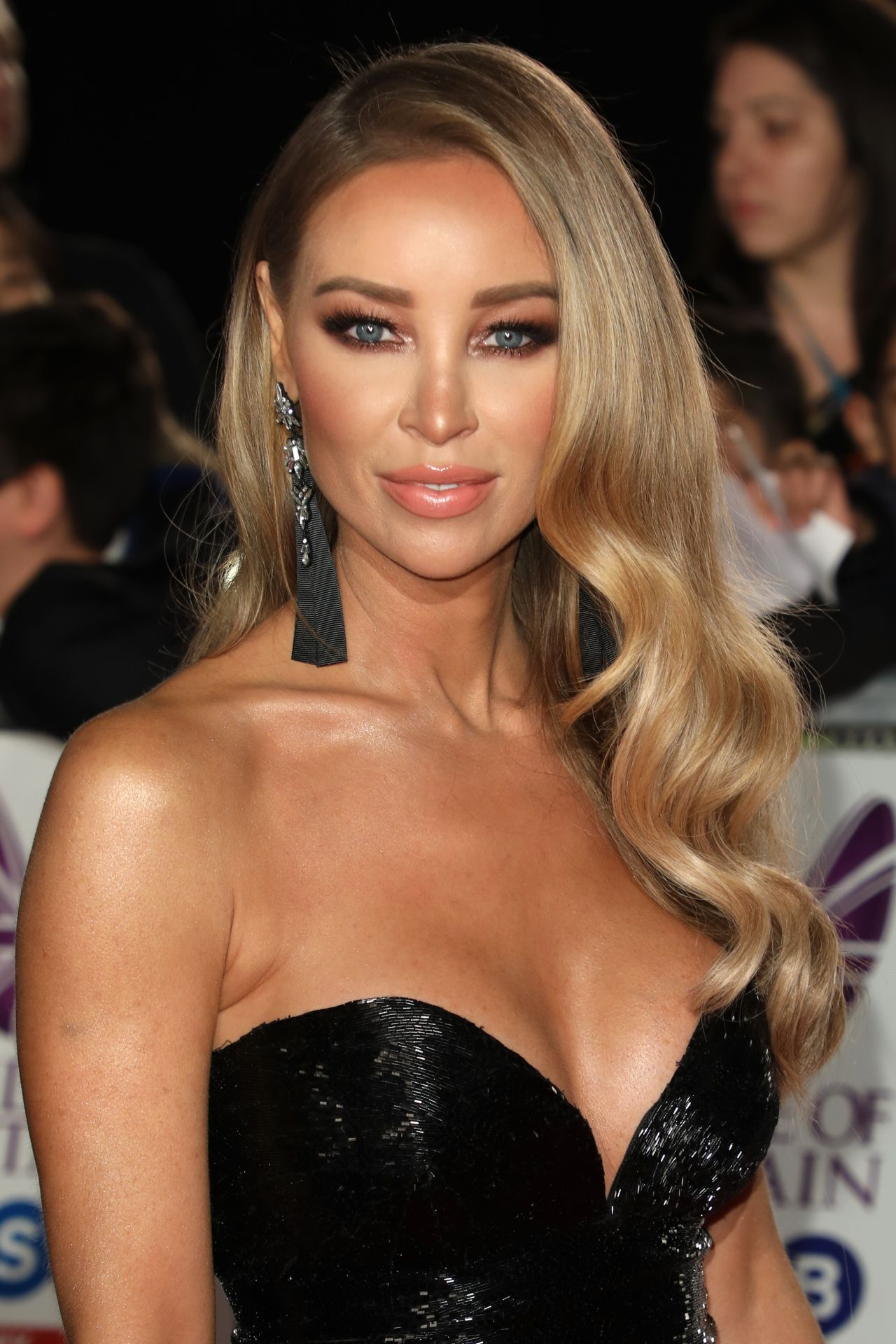Watch Lauren Pope video