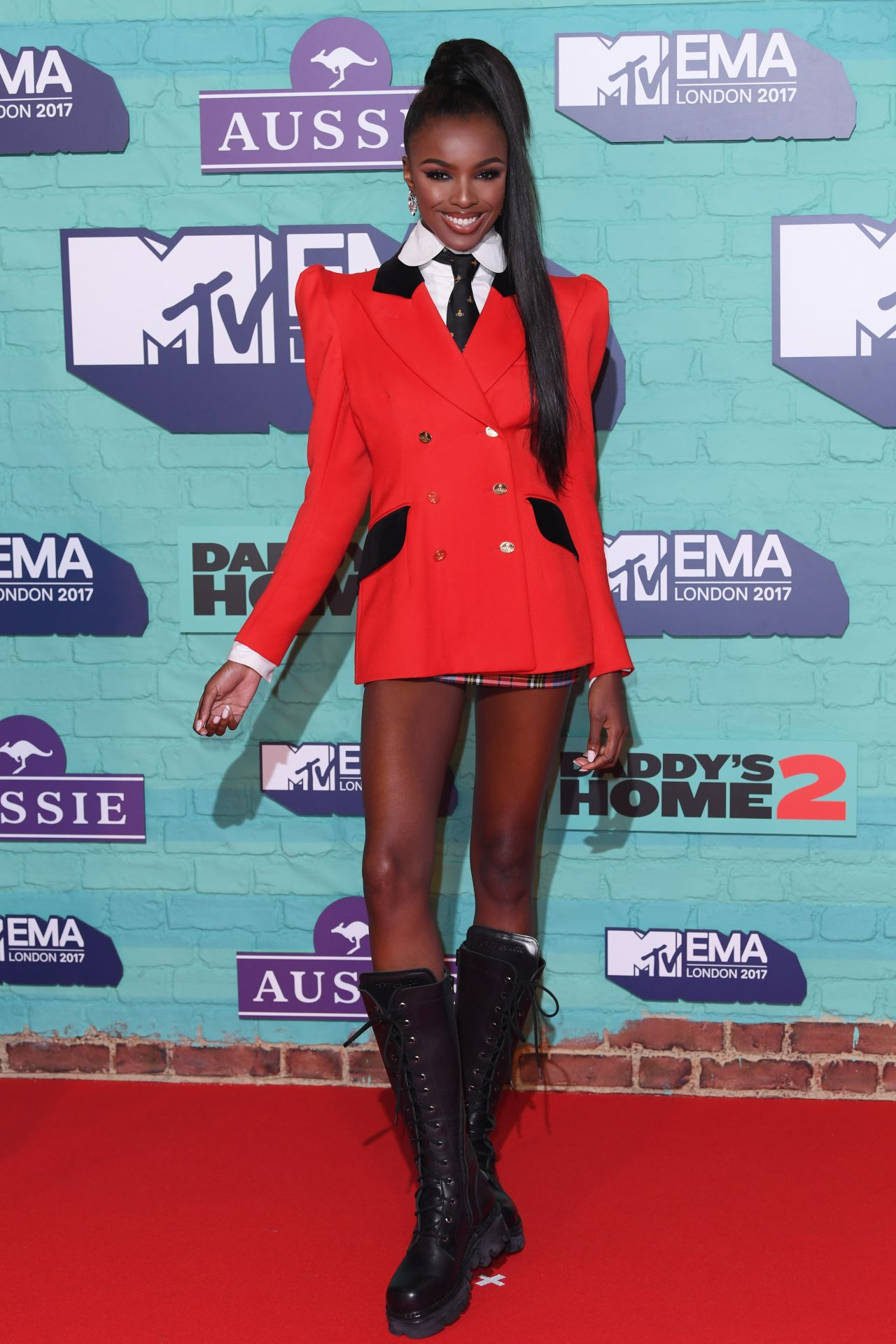 Leomie Anderson – MTV Europe Music Awards 2017 in London