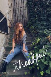 Lexee Smith - Social Media, November 2017