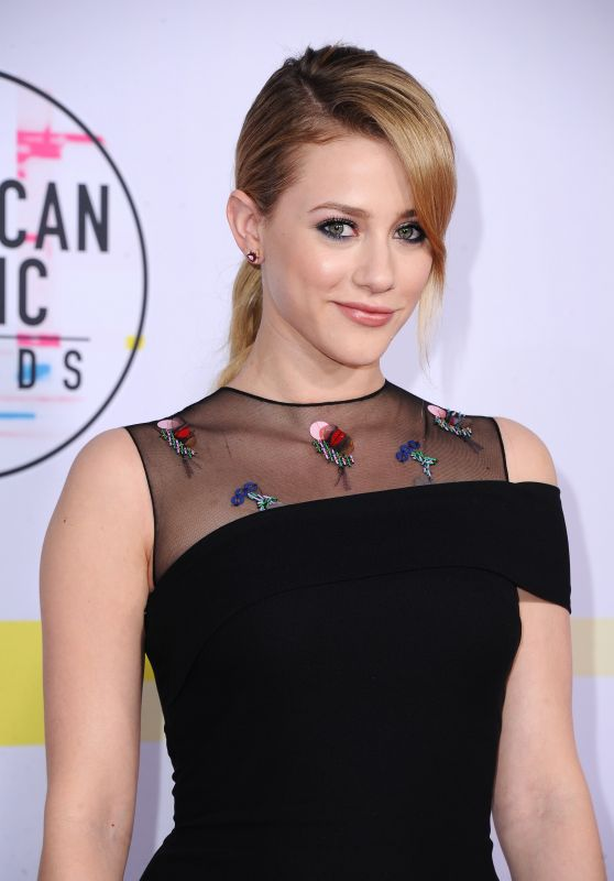 Lili Reinhart – American Music Awards 2017 in Los Angeles