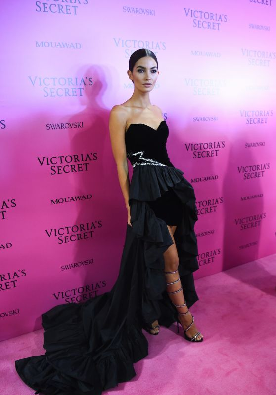 Lily Aldridge – Victoria's Secret Fashion Show After Party in Shanghai 11/20/2017