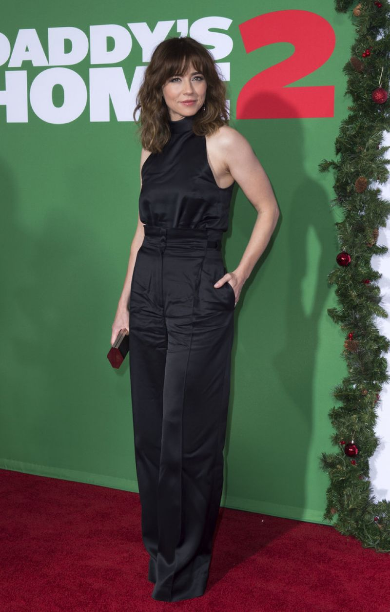 Linda Cardellini Daddy S Home 2 Premiere In Westwood