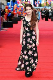 "Madeleine Harris – ""Paddington 2"" Premiere in London"