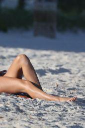 Maria Hering Hot in Bikini - South Beach in Miami  11/04/2017