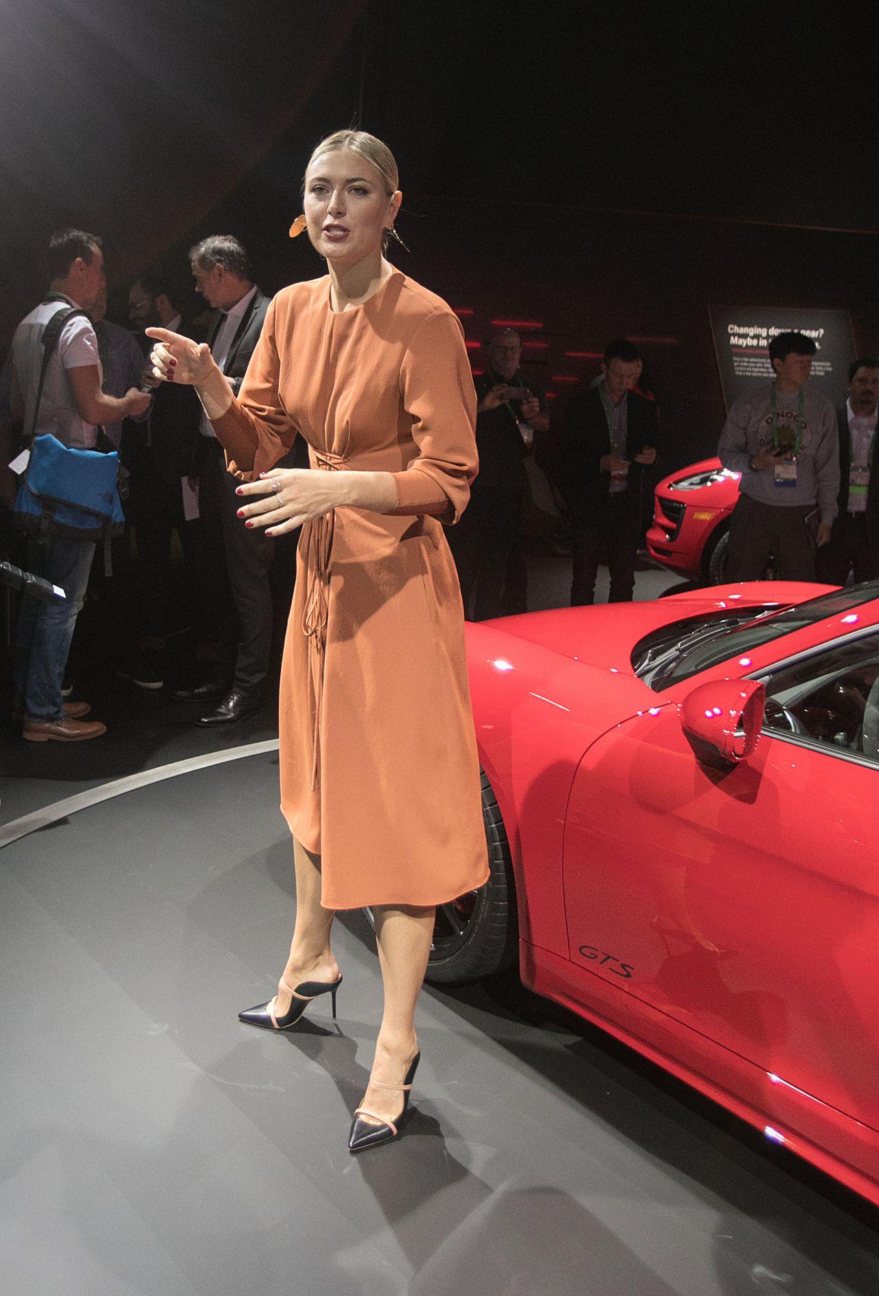 Porsche 718 Cayman S >> Maria Sharapova - Unveiling of the 2018 Porsche 718 Cayman ...