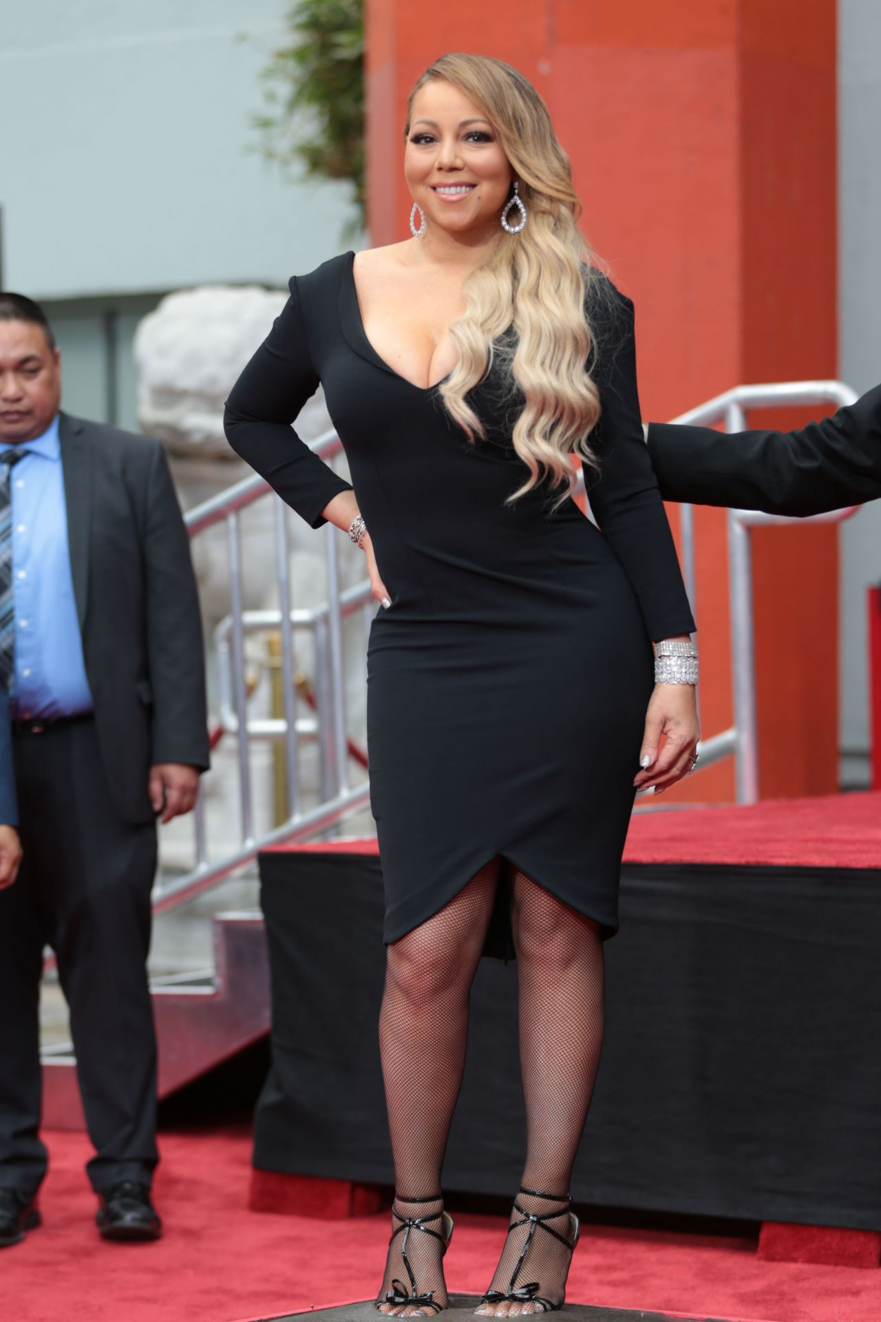 Mariah Carey Hand And Footprint Ceremony In Hollywood 11
